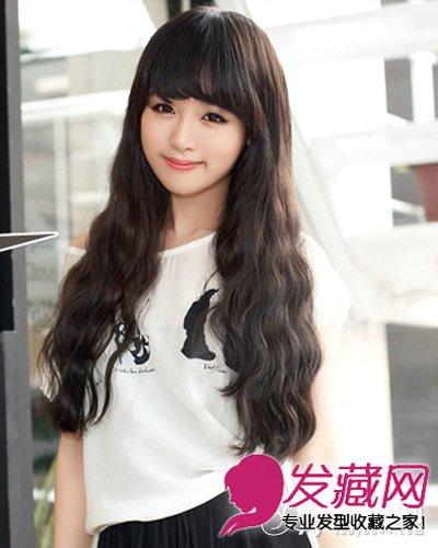 2015女生玉米烫发型 齐刘海搭配蛋卷头设计图片