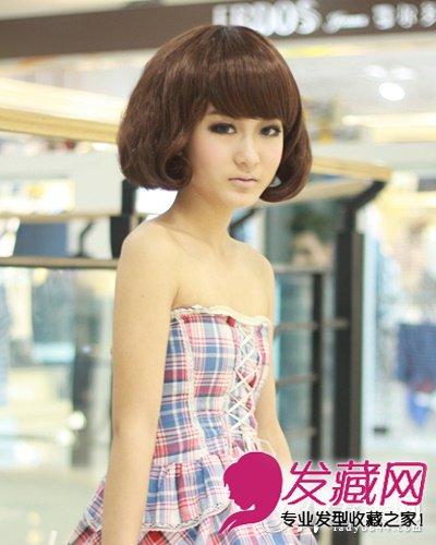韩版长发的蛋卷发型计,蓬松自然的卷发款式设计,时尚的深棕发