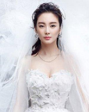 2014最美新娘发型 披肩发婚纱下最浪漫图片