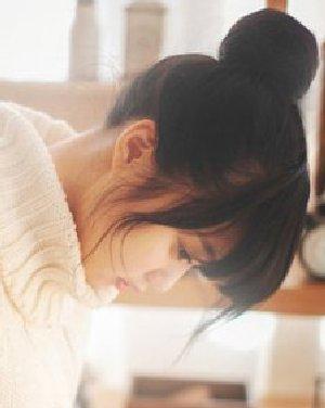 日本女生学生丸子头发髻扎发 清纯甜美萝莉范