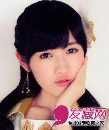 斜刘海卷发发型浪漫风情 适合任何脸型的美眉(2)