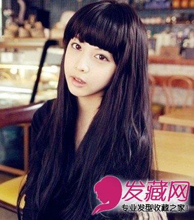 齐刘海加长发甜美清纯,减龄修颜~mm的长发到尾稍的时候微微卷起图片