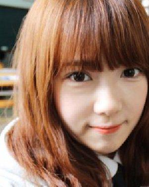 什么发型最显气质 可爱亮眼的韩式中长发烫发