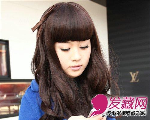 娃娃卷发齐刘海发型