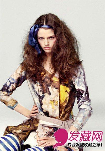 9款唯美韩式烫发发型 棕色的大波浪卷发