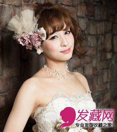 > 新娘发型图片大全 简单淑女的感觉  导读:婚礼是人生大事,今天小编图片
