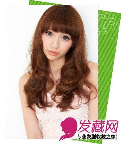 女生发型 中长发型 > 齐刘海中长发发型图片