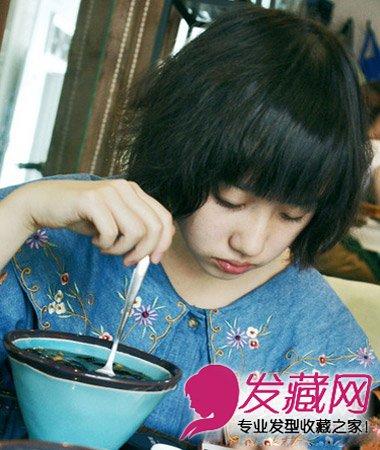 乌黑的女生短发发型,蓬松感烫发带来发量感又很丰盈柔顺,小女生图片