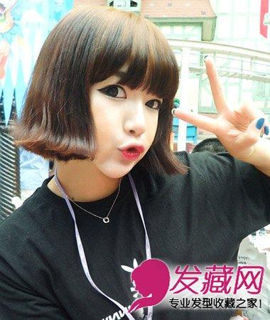 俏皮可爱的韩式短发烫发,发尾处外翻的发卷设计减龄又俏皮可爱