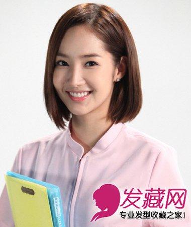 韩式中分长直发发型 →带点随性气质的短发发型 9款空气刘海短发好图片