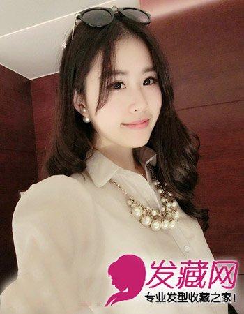 圆脸什么发型好看 时尚甜美的圆脸女生发型 →时尚韩式中短卷发
