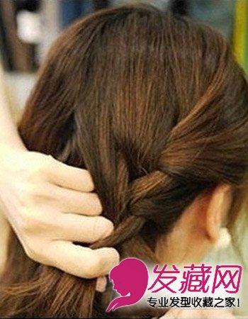 发型图片 短发发型图片 > 短发发型必修 韩式简单编发(3)  导读:步骤3
