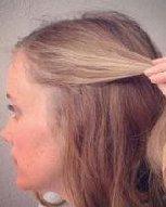精致优雅低马尾辫发型 打造优雅女人味