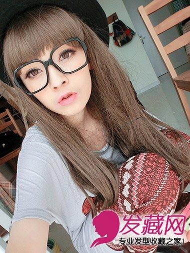 2014方脸女生流行什么发型 齐碎刘海长直发发型图片