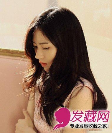 中长发发型 9款胖女孩适合的发型 →齐刘海长直发发型 圆脸女生最适合
