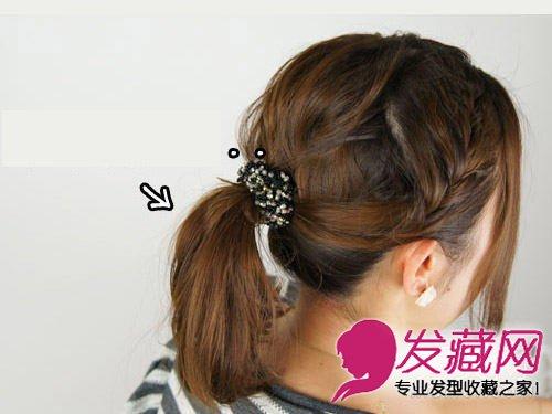 中长发怎么扎好看 马尾+编发蓬松编发扎发造型(7)