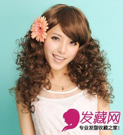 蓬松感蛋卷头发型图片 长发短发都妩媚(3)