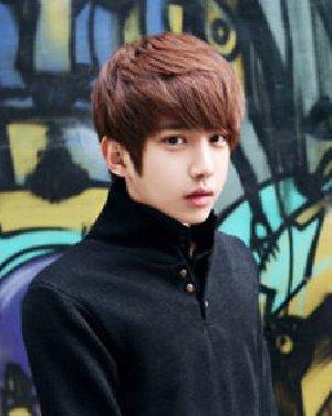 男生发型染什么颜色好 棕红色韩式发型