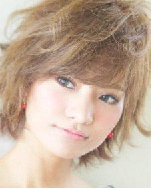 夏日就要换发型 最新公主烫卷发发型图片