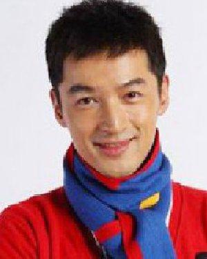 圆脸男生发型图片 换个刘海时尚更帅气