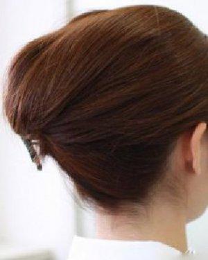 【图】韩式公主盘发发型步骤详解(5)