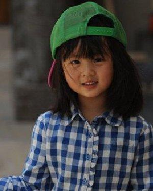 赵薇爱女小四月发型 星二代们的卖萌发型