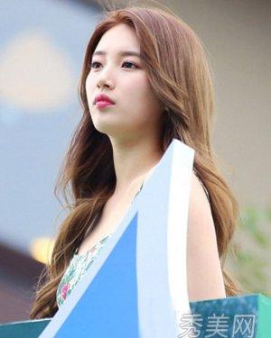 2015新款烫发发型 韩式发型甜美惹人爱