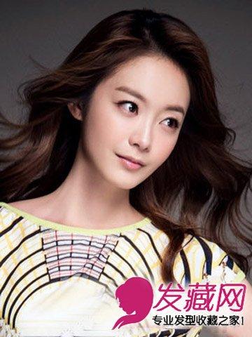 女生头发少适合什么发型 偏分设计更增添知性女人味(8)图片