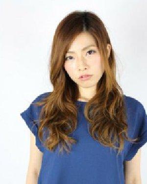 菱形脸适合什么发型 长发瘦脸最显女人味图片