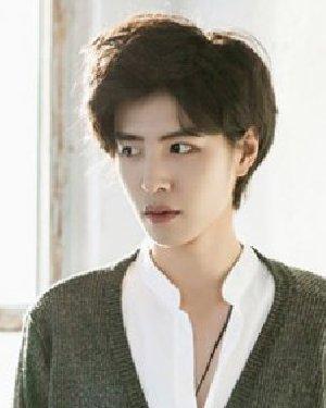 韩国清新短发发型 精致的男士发型设计图片