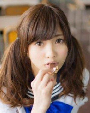 日本19岁嫩模爆红 佐野雏子清纯发型照