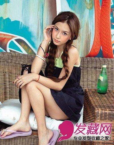 angelababy 杨颖发型(6)  导读:可爱的麻花辫编发发型,长发扎成双马尾