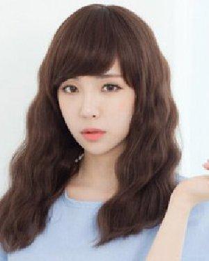 中长的韩式蛋卷头发型 中长发更流行图片