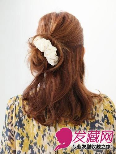 编发公主头发型 →diy盘发 公主头 清新扎发展现浓浓复古风      取出