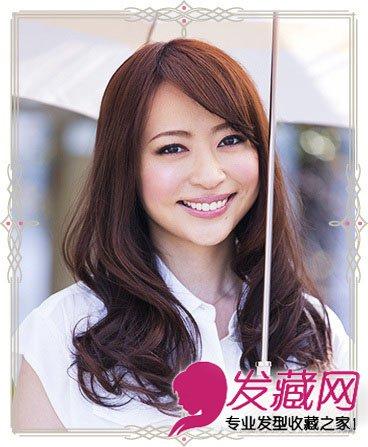 中长发内扣发型优雅清新 刘海编发更显甜美(4)