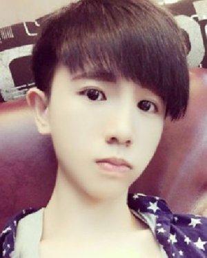 男生发型图片及名称 男士短发发型 男生发型短发桃心刘海 柯震东发型图片