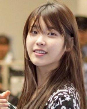 淑女系MM韩系直发发型 甜美的知性淑女气质