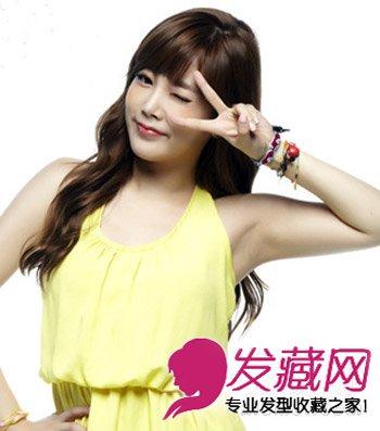 > 女人味十足韩式烫发发型 大脸适合的发型设计(5)  导读:这款染发图片