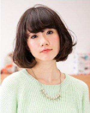 适合圆脸与长脸的MM 诚博娱乐平台时尚感烫发刘海设计