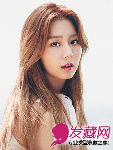 中分适合什么脸型 韩式中分卷发发型图片