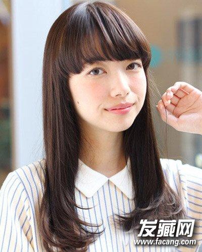 发型网 发型图片 刘海发型图片 > 女生什么刘海好看 很俏皮可爱的齐