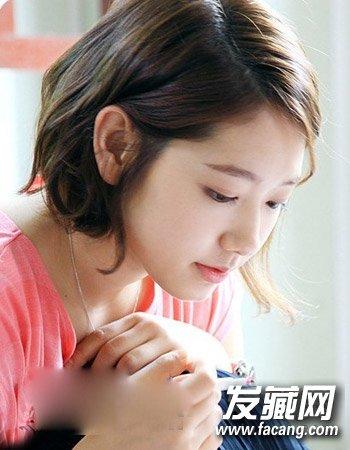 冬季最新烫发发型 清爽时尚的公主头发型(8)图片