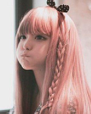 长发怎么扎好看 韩式扎发娃娃脸可爱迷人