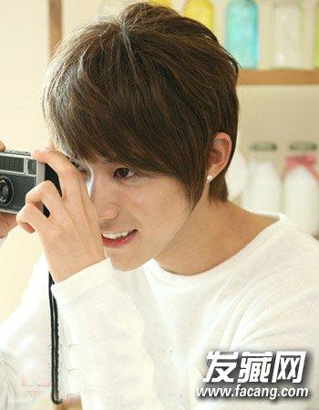 韩式短发最修颜 男生小脸型适合的发型图片
