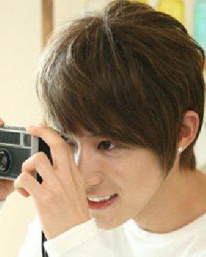 韩式短发最修颜 男生小脸型适合的发型