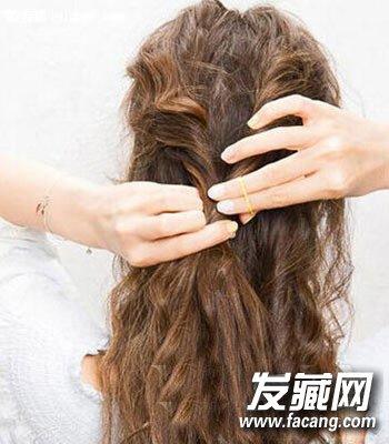 超美森女系编发发型图解 5分钟搞定3款森女发型(9)