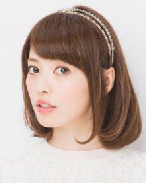 最新短发发型扎法 发箍编发甜美减龄