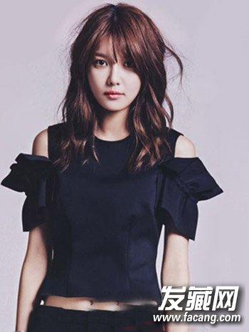 韩系中长发发型 斜刘海齐肩发最时尚图片