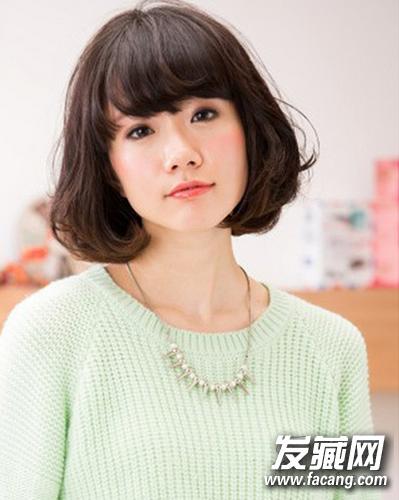 瘦脸发型:适合圆脸与长脸的mm的短发