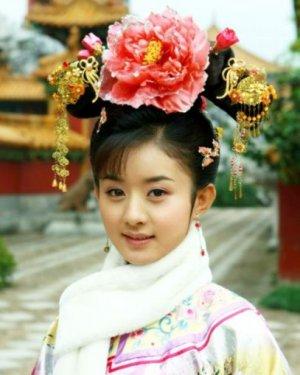 女星赵丽颖发型 古装也很美的娃娃脸女星发型